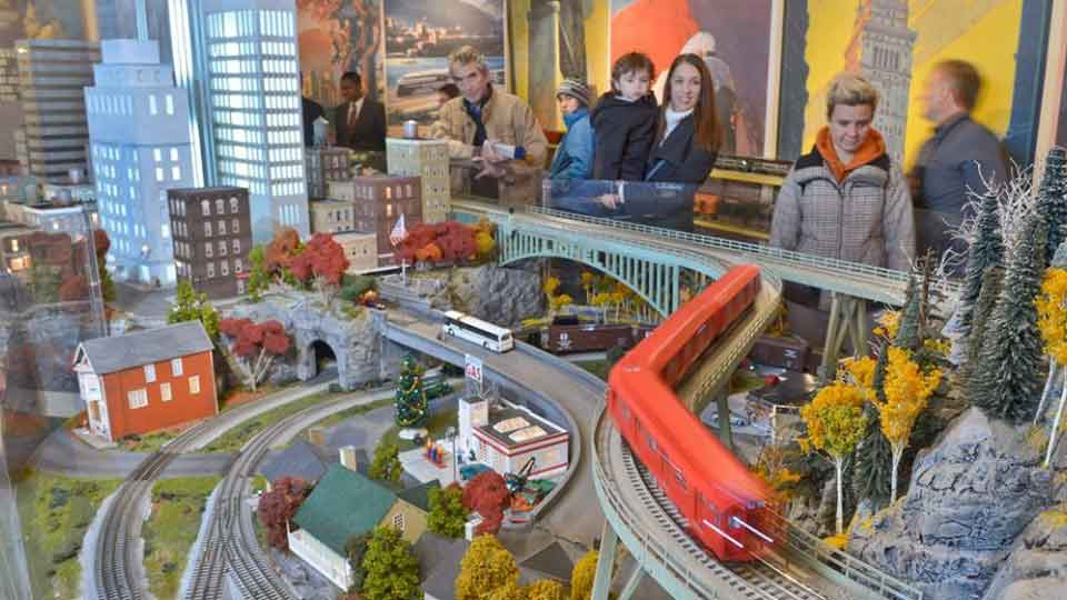 Holiday Train Show Grand Central Station
