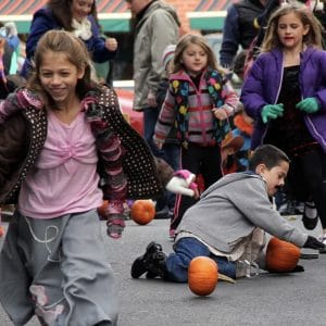 Children playing at Saratoga Fall Festival. | Photo from Saratoga DBA