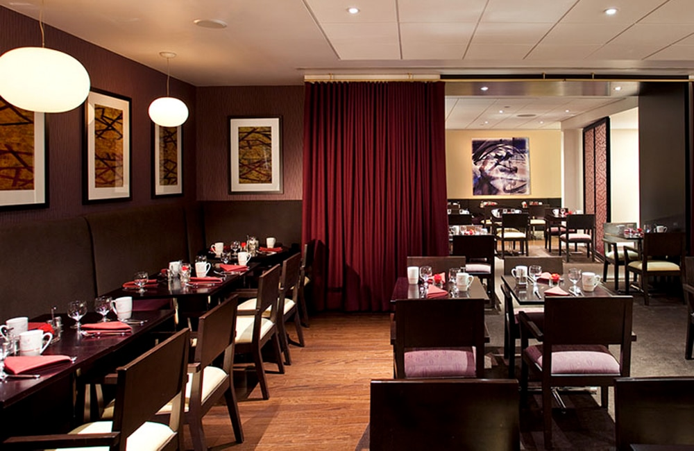 Doubletree Metropolitan Where To Stay In Nyc New York By Rail