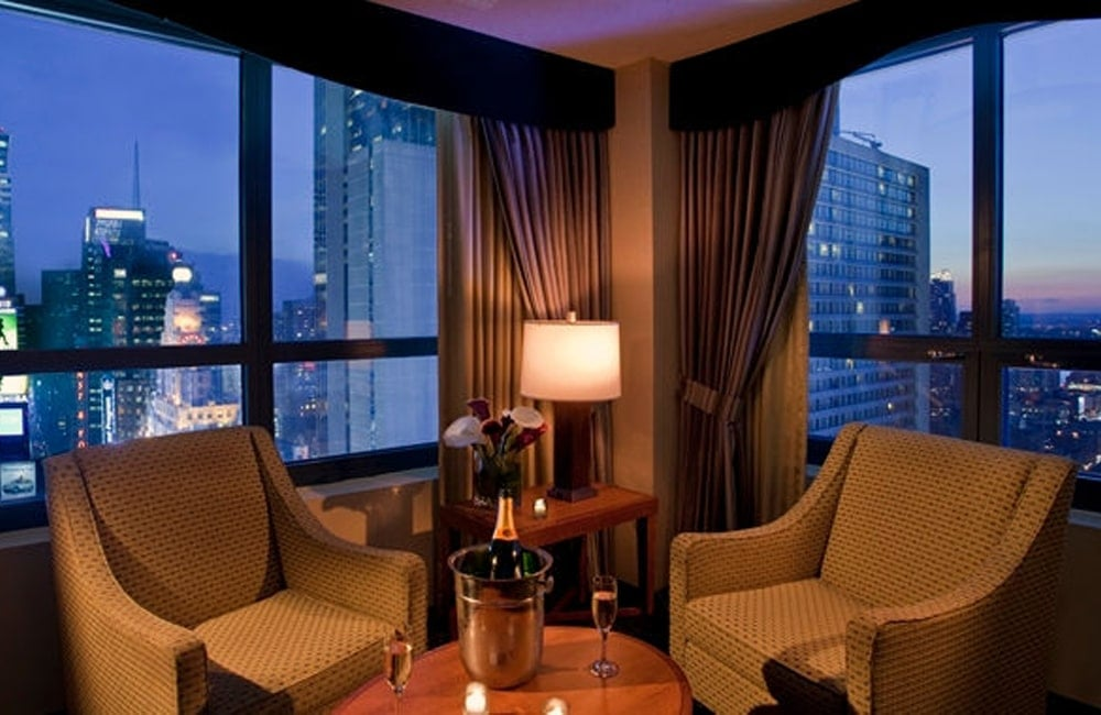 Doubletree suites by hilton tsq new york city new for The family room troy ny
