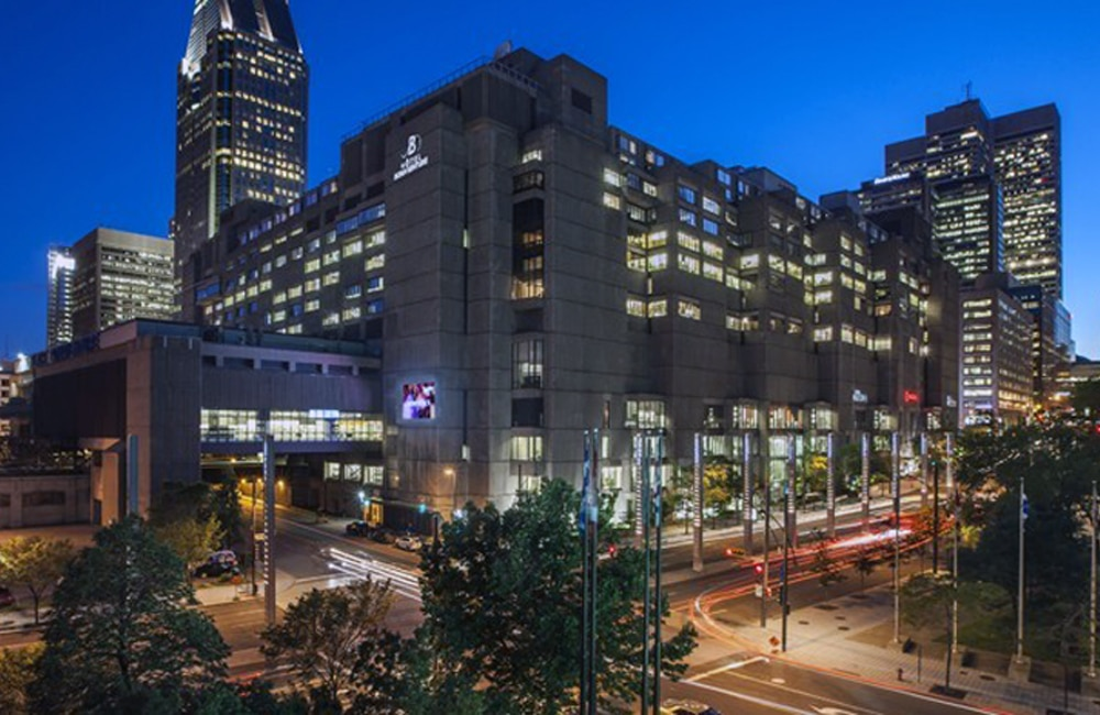 The Hotel Bonaventure Montréal In Downtown
