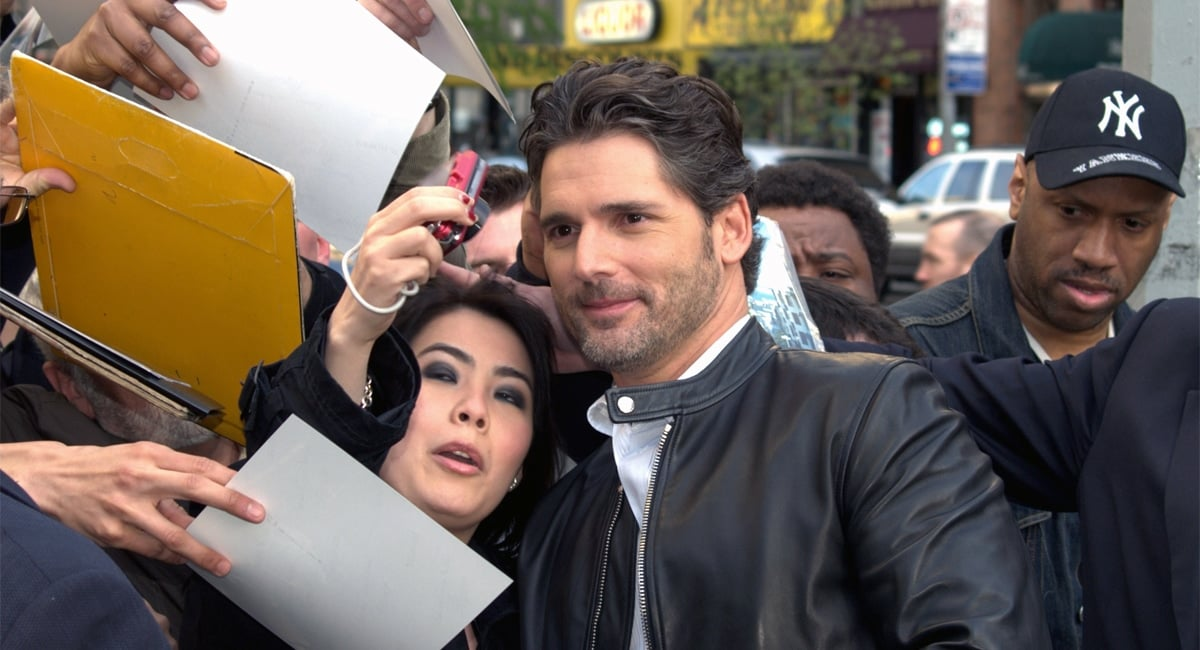 Fans Take Photos With Actors at the Tribeca Film Festival.   Photo from Wikimedia Commons