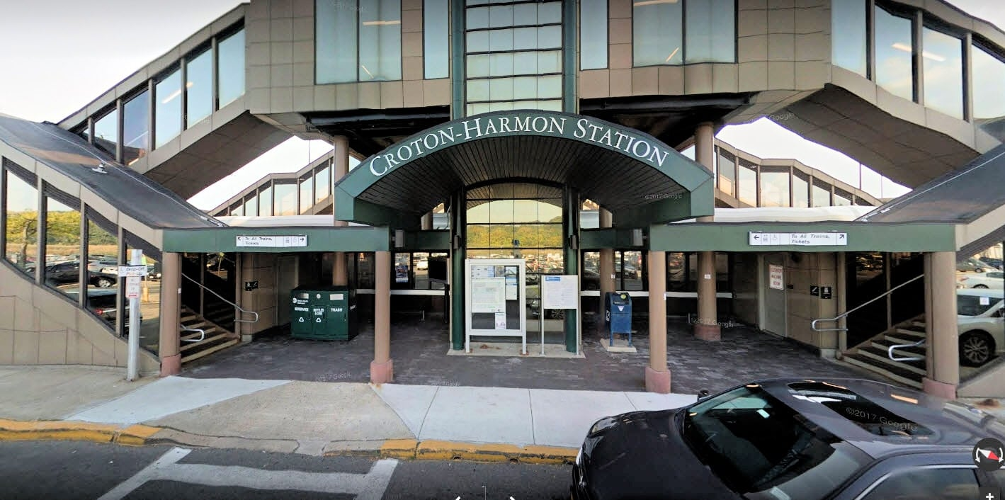 Croton-Harmon Station | CRT | New York by Rail