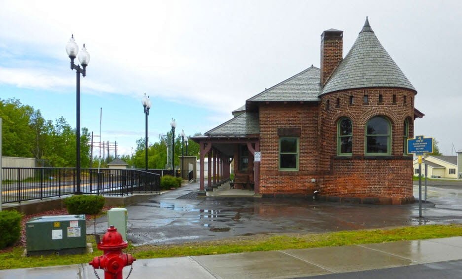 Rouses Point Station | RSP | New York by Rail