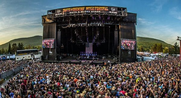 Thousands of fans gather in the beautiful Catskills for Taste of Country Festival | Photo from Taste of Country website