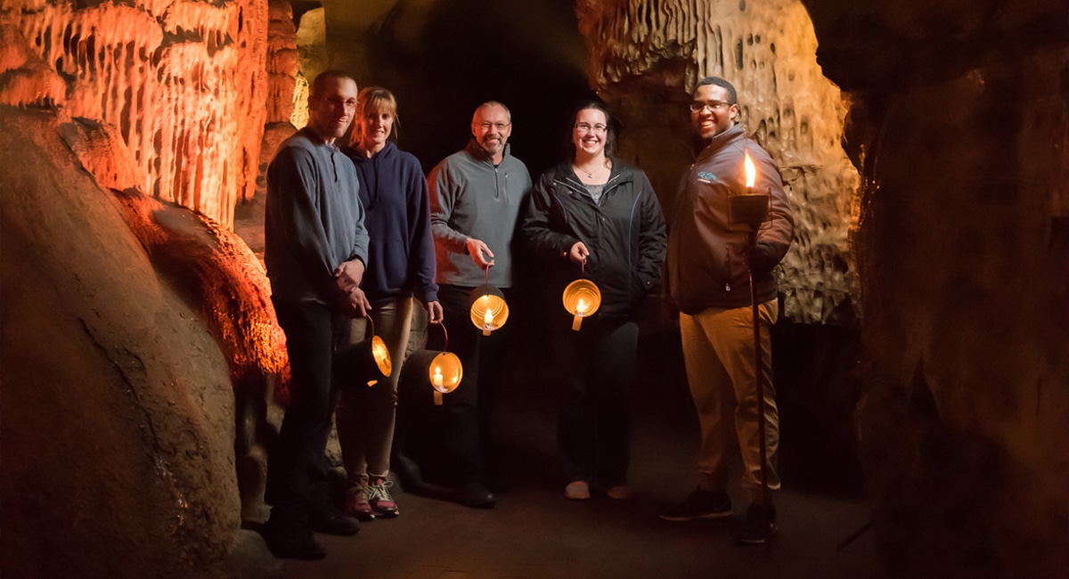 Howe Caverns, Lantern Tour Package