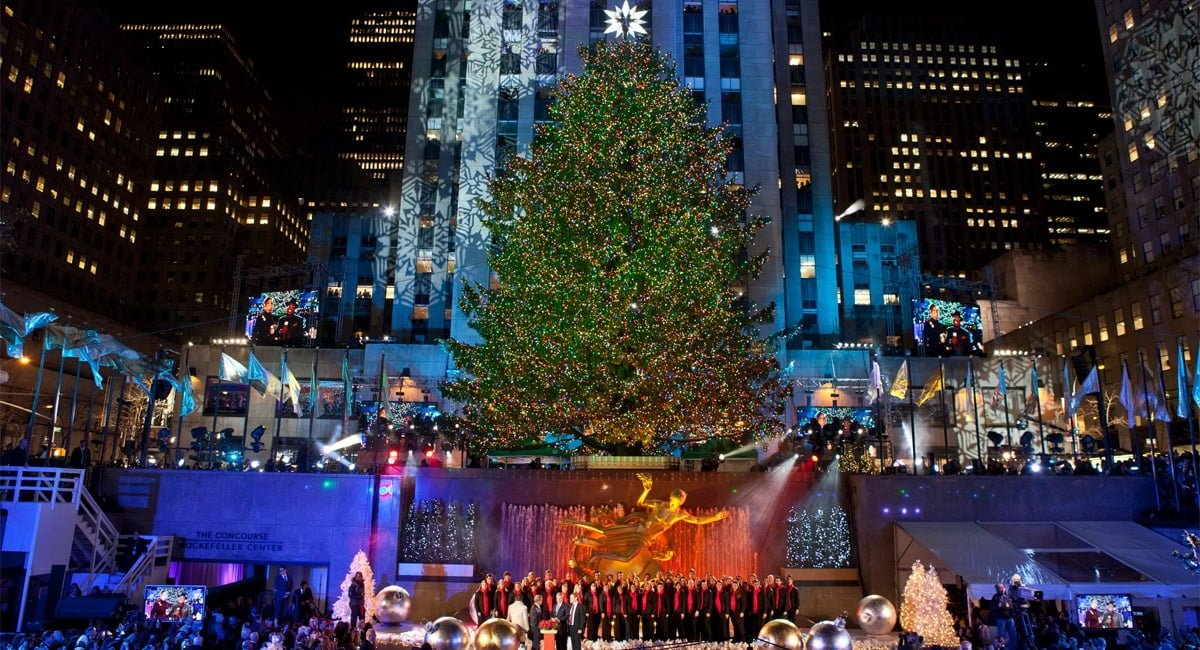 Be a part of the lighting of the largest and most iconic Christmas tree in  the world! - Rockefeller Center Tree Lighting New York By Rail