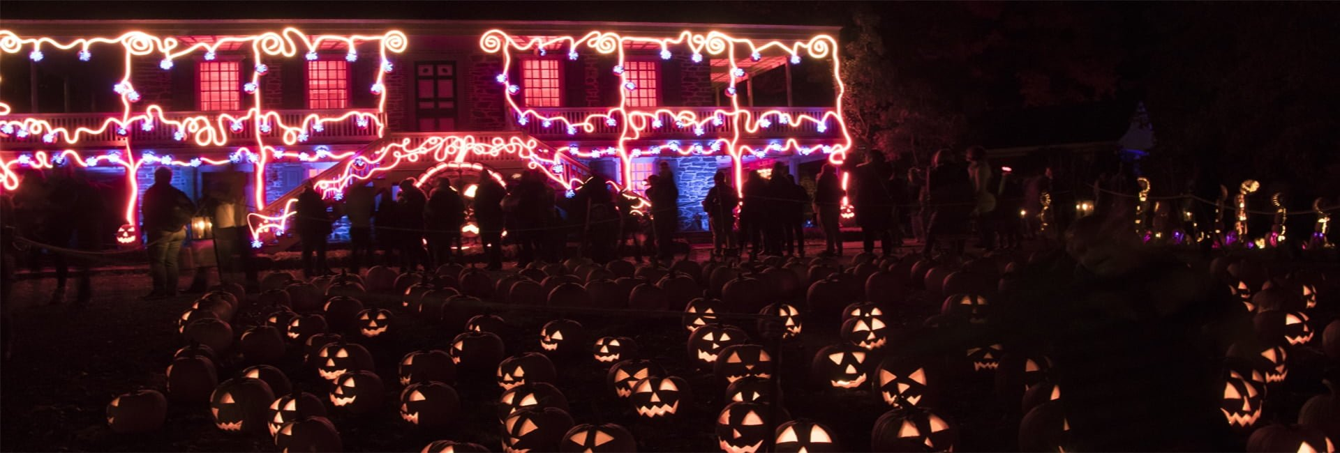 Van Cortlandt Manor House and Pumpkins Header | Photo Courtesy of Allyson Macci