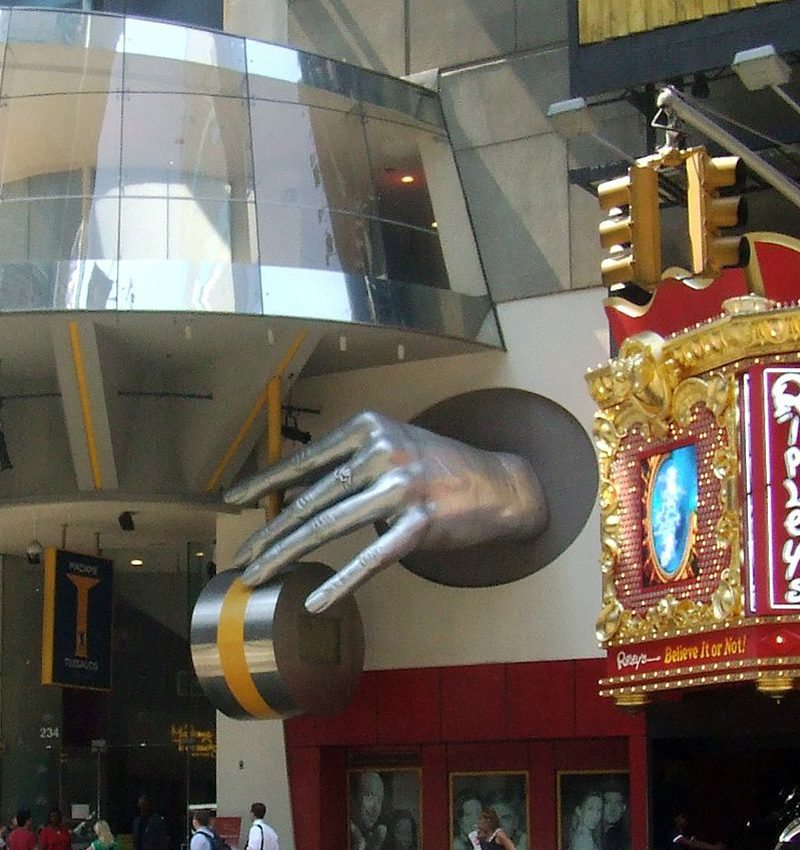 Ripley's Believe It or Not! Times Square_Laslovarga.1