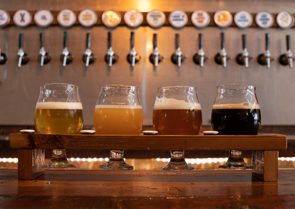 Fox N Hare Brewing Company | Flight and Drafts | Photo Courtesy of Orange County Government
