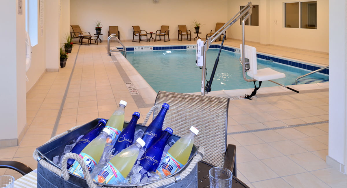 Holiday Inn Express and Suites Peekskill Suite Pool