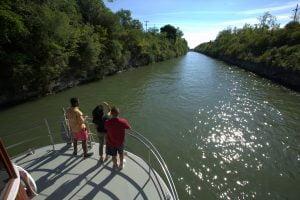 Lockport Locks & Erie Canal Cruises