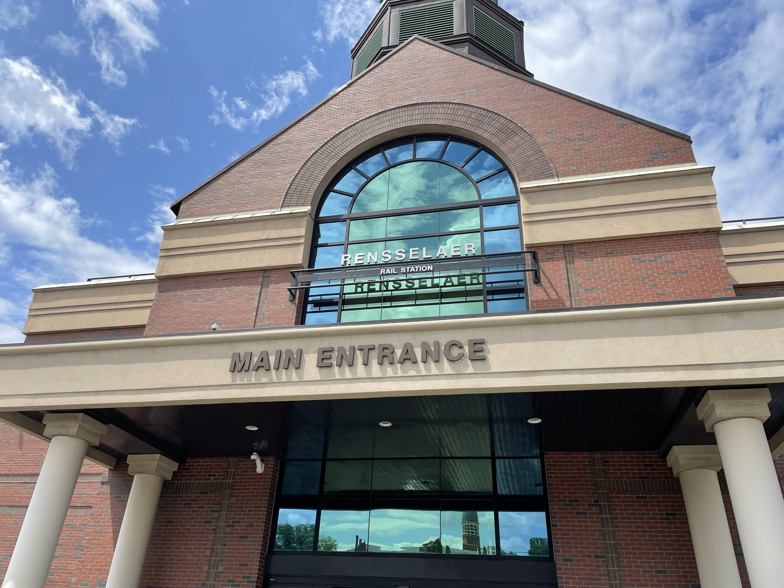 Albany Rensselaer Station Entrance