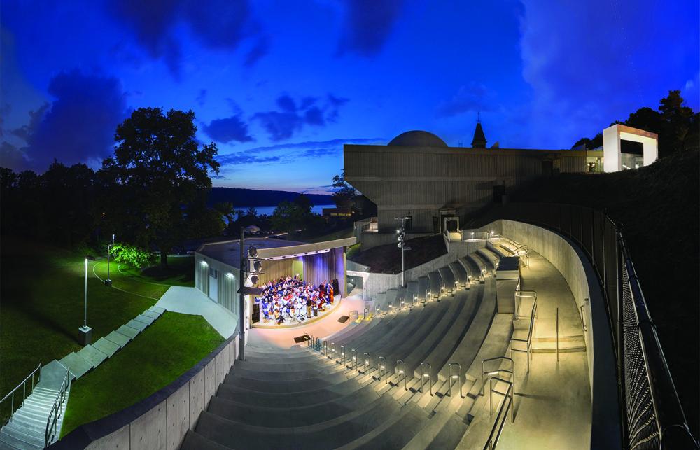 Emelin-Theater.jpg